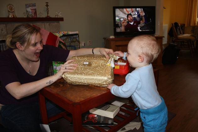 Harry opening Xmas presents with Flic